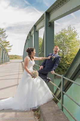 Lustiges Brautpaarshooting in Kallnach