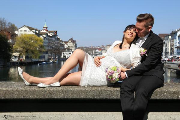 Brautpaar Fotoshooting in Zürich, Brücke