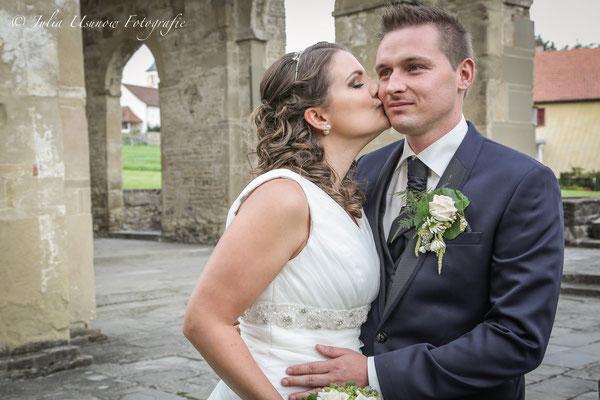 Brautpaar in den Klosterruinen