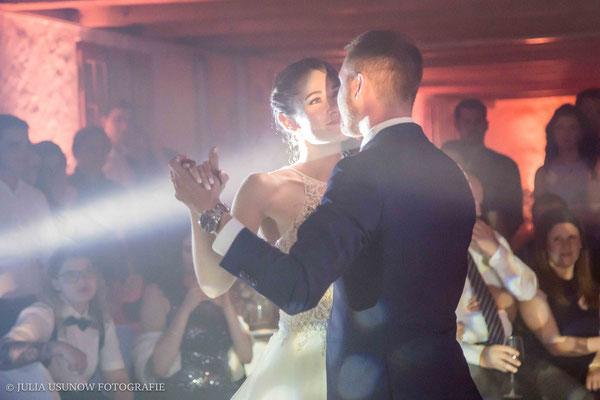 Romantischer Hochzeitstanz, Eröffnungstanz