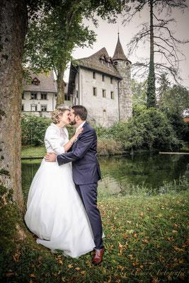 Brautpaar vor Schloss Landshut