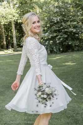 Hübsche Braut im Vintage Kleid , Schloss Bümpliz