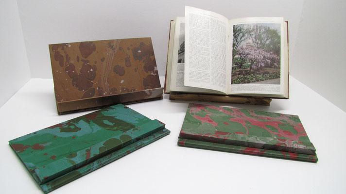 Leggii in carta marmorizzata pieghevoli