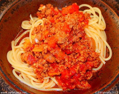 Zarahzetas Fotowand mit Essen & Trinken und Spaghetti Bolognese