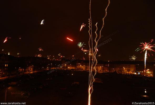 Nahaufnahme von Feuerwerk zu Silvester