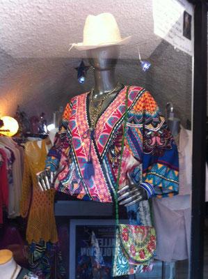 Chic & Cheap Concept-Store Mode, beauté, créateurs & Accessoires  70, rue du Faubourg Boutonnet  34090 Montpellier