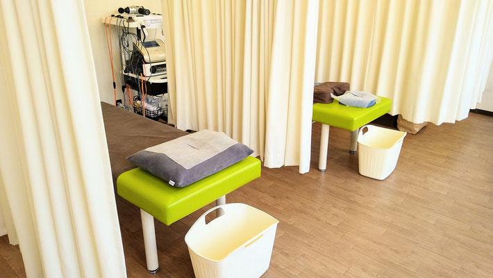 治療ベッド