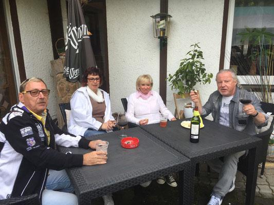 Unser VIP Bereich ;O) Michael Trenzsch, Conny und Freunde