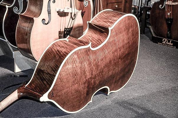 Duke Two-Tone