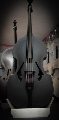 Duke Composite (Fiberglas Bass) mit Revolver F-Löchern