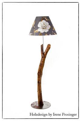 Stehlampe Paeonia Holzdesign Irene Prosinger