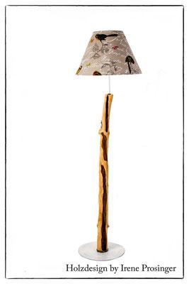 Stehlampe Ucello del Paradiso Holzdesign Irene Prosinger