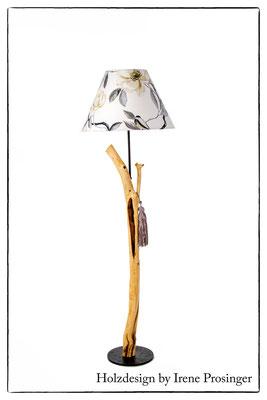 Stehlampe Kirschblüte Holzdesign Irene Prosinger