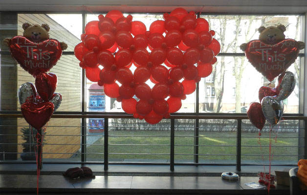 Serce przestrzenne z balonów - 200 zł