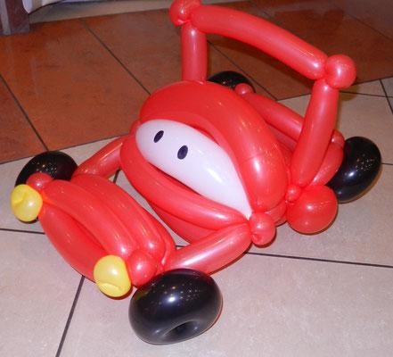 samochód z balonów