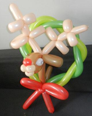 Renifer z balonow