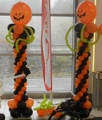 Kolumny z balonów - Halloween