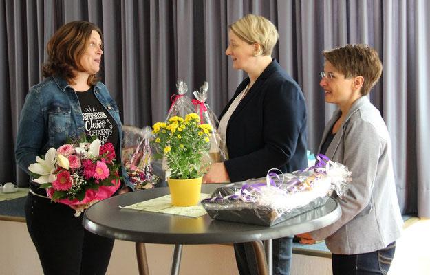Verabschiedung am 09.07.2019 durch Frau Dr. Anke Busemann und Margit Lublow-Geueke, Vertreterinnen des Lehrerrats
