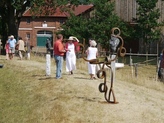 Ausstellung in Wohlendorf - Kunst auf dem Deich V 2010