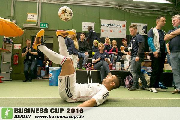 Business Cup Fussball Show