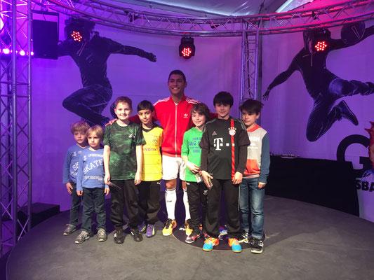 Fussball Freestyler auf der GOAL Veranstaltung in Oberhausen