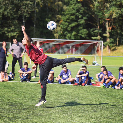 Flüchtlingstunier 1.FC Nürnbrg - Fussball Freestyle
