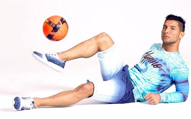 Fussball Freestyler als Sportmodel
