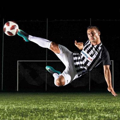 Fußball Künstler / Freestyler Sportmodel