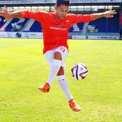 Fußball Freestyler Saki - SunExpress - Brita Arena