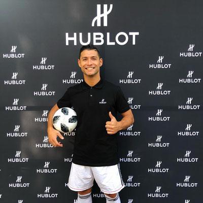Hublot - Saki Fußball Künstler und Ronaldo Double Lookalike