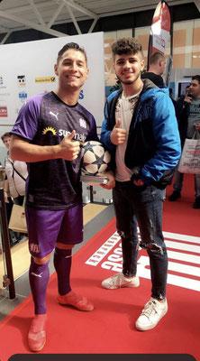 Fussball Fans Saki Event