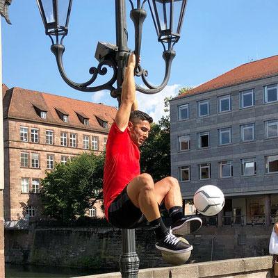 Puma Fussball Künstler und Freestyler