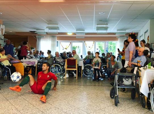 Saki Fußball Freestyler - ASB Wohnen und Pflegen