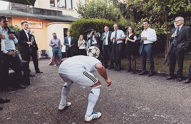 Fussballartist auf Firmenfeiern