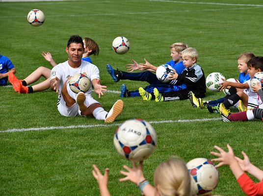 Saki Fußball Freestyler - Fußball Jugend FC Triesenberg