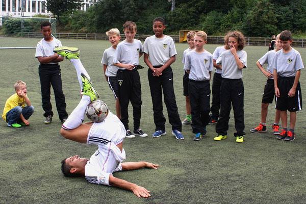 Fussball Freestyler beim Verein Alemania Aachen