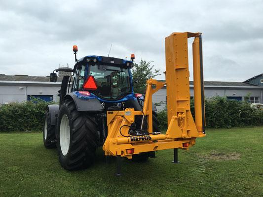 Hemos mechanische klepelmaaier type MK3-225.Geleverd aan Sikkelerus, Hulst. Juni 2016.