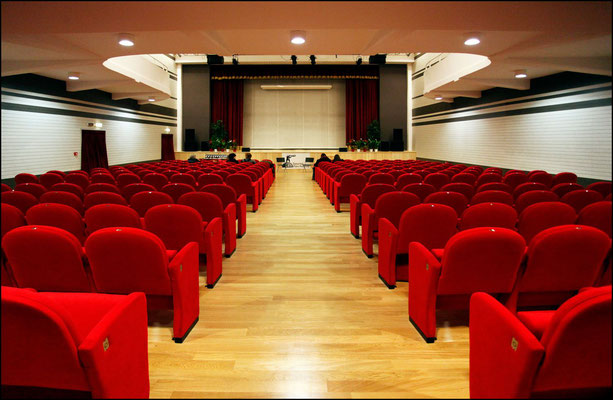 Teatro Artemisio Gian Maria Volontè - corso di recitazione Velletri