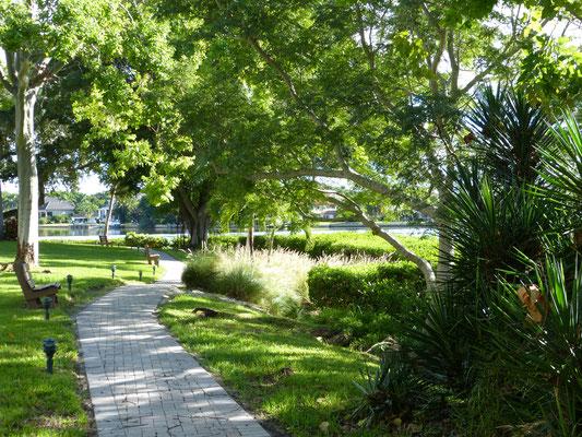 Beautiful Midnight Cove II Grounds Siesta Key
