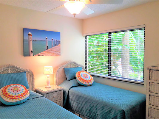 Midnight Cove II Siesta Key Vintage Style Guest Bedroom