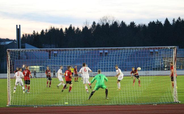 Stefan Vogt erzielt das 2:0.