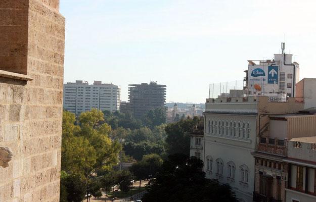 Vista la Calle del Conde trénor desde lo alto de las Torres dela Plaza dels Fours
