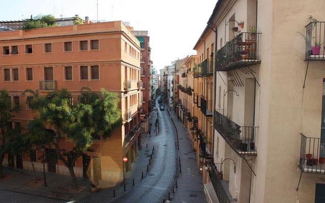 Vista de la ciudad de valencia desde el primer nivel  de las Torres de Quart en Valencia (Comunidad Valenciana).