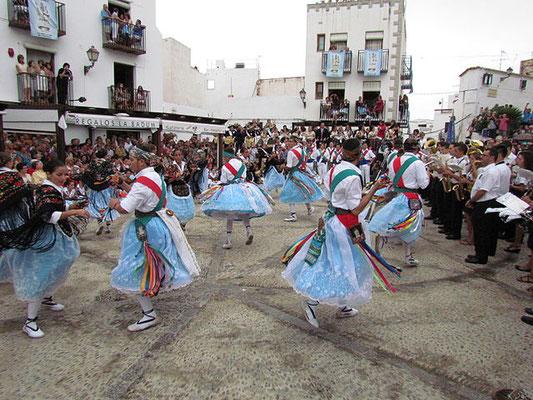 Dansants i llauradores de Peníscola