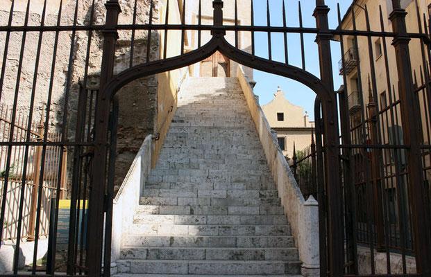 Entrada  a las Torres de Quart en Valencia (Comunidad Valenciana).