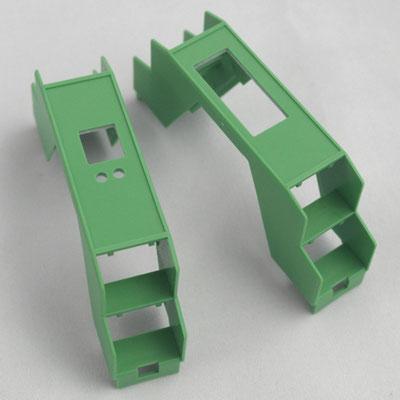 Individuelle Durchbrüche und Bohrungen in Normteile, wie hier eine Kabelbrücke