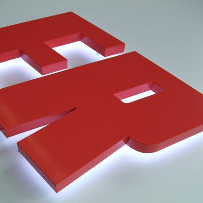 LED Acrylglas deckend lackiert als Rückleuchter