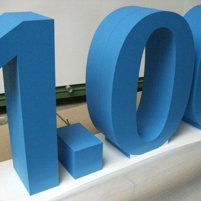 freistehende Styroporbuchstaben ca. 1m hoch