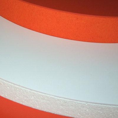 Saubere Kante - Styropor mit Heissdraht geschnitten