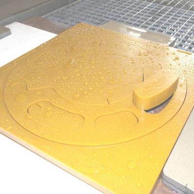 Stossfaenger aus PU 30mm mit Wasserstrahl geschnitten